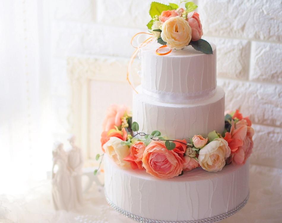 フラワークラウンケーキ,フラワークラウンケーキデザイナー養成講座,フラワー,flower,花冠,ブートニア,手作り,ウェディング,ウェディングケーキ